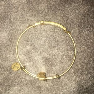 alex and ani cross bracelet gold